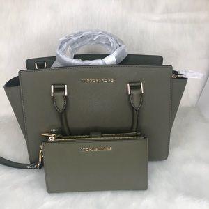 Michael Kors Selma and double zip wallet set